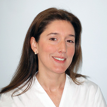 Doctora Elisabet Lozano clínica dental Orthodontic Figueres