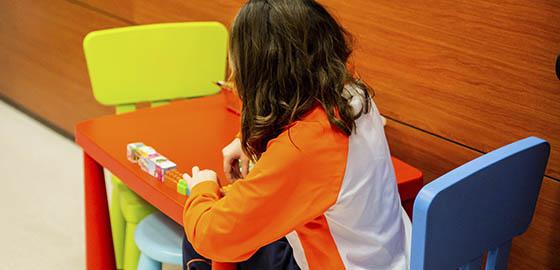 Profesionales en odontología, zona infantil de la clínica dental Orthodontic Hospitalet