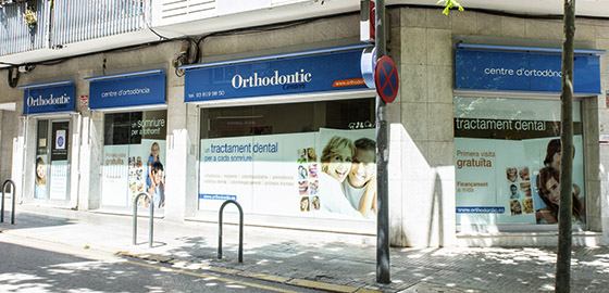 Fachada clínica dental Vilafranca Orthodontic