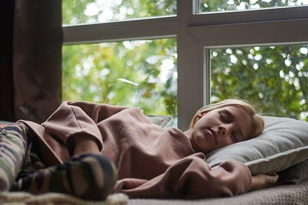Adolescentes con ortodoncia duermen mejor